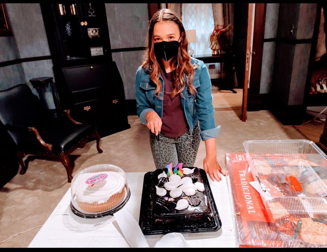 """La producción de """"Te acuerdas de mí"""" festejó el cumpleaños de Nina Rubín"""