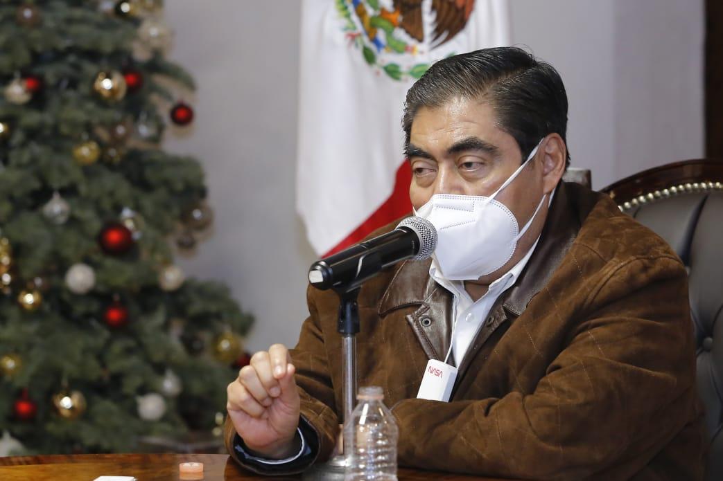 Humanidad y solidaridad, pide el gobernador Barbosa a hospitales privados