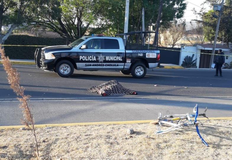Ciclista es arrollado y muerto en Tlaxcalancingo
