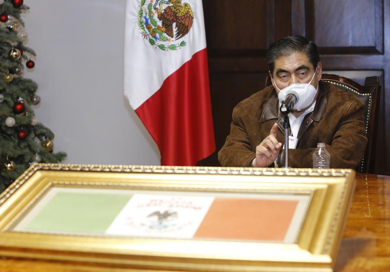 Rebrote de contagios covid-19 en Puebla, se derivó por festejos de Navidad y Año Nuevo: Barbosa