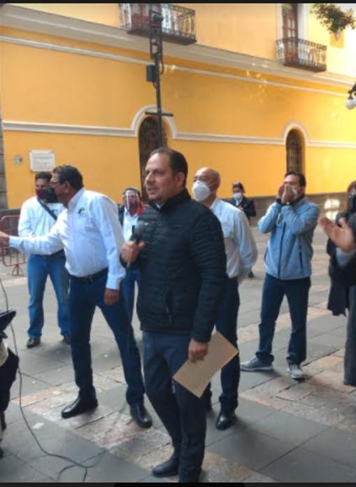 Se destapa Alejandro Carvajal para la alcaldía capitalina