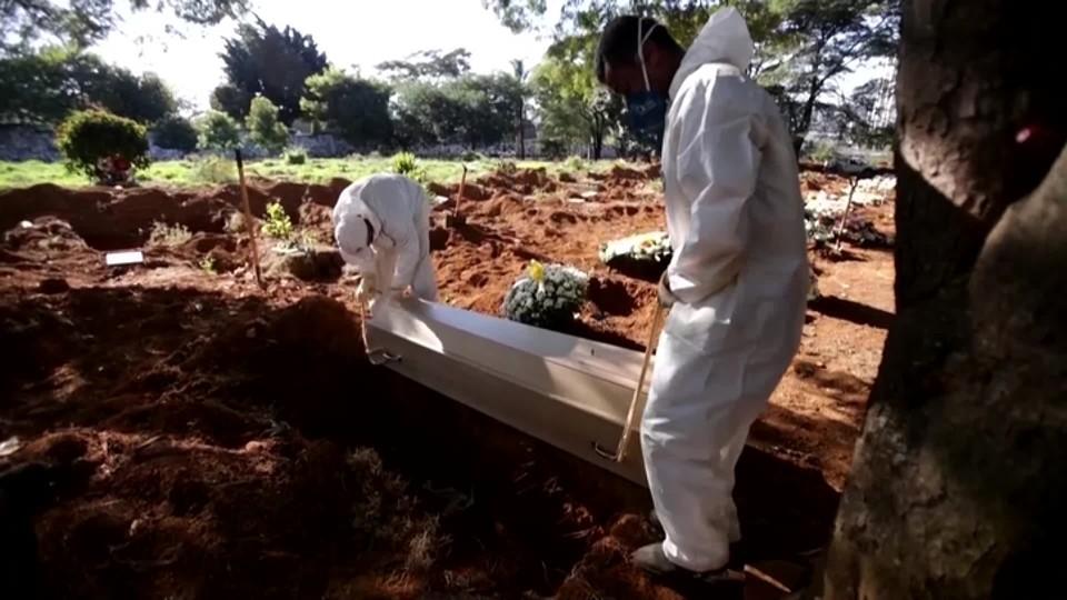 COVID-19: Brasil supera las 217.000 muertes; casos suman 8,8 millones