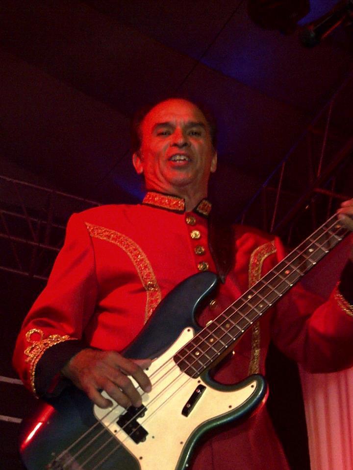 Trasciende a la eternidad el maestro Juan José Caballero, director fundador y bajista de La Tropa Loca