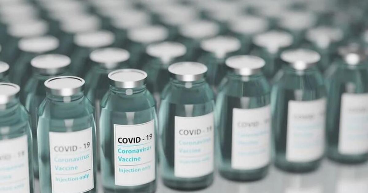 Hasta 10 años de cárcel a quienes vendan vacunas apócrifas, aprueban en el Congreso local