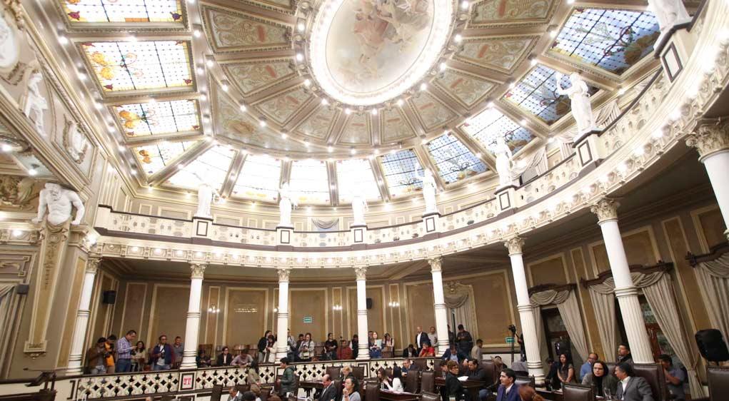 Sube a 14 el número de diputados locales chapulines que piden licencia