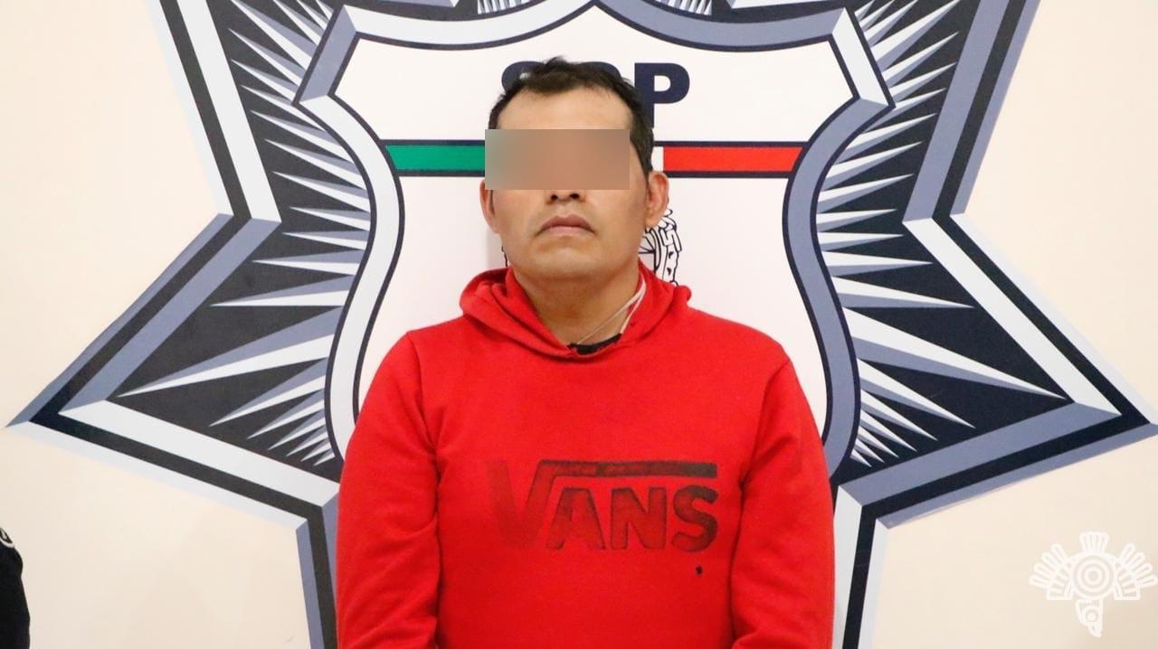 En Coronango, Policía Estatal captura a presunto narcovendedor