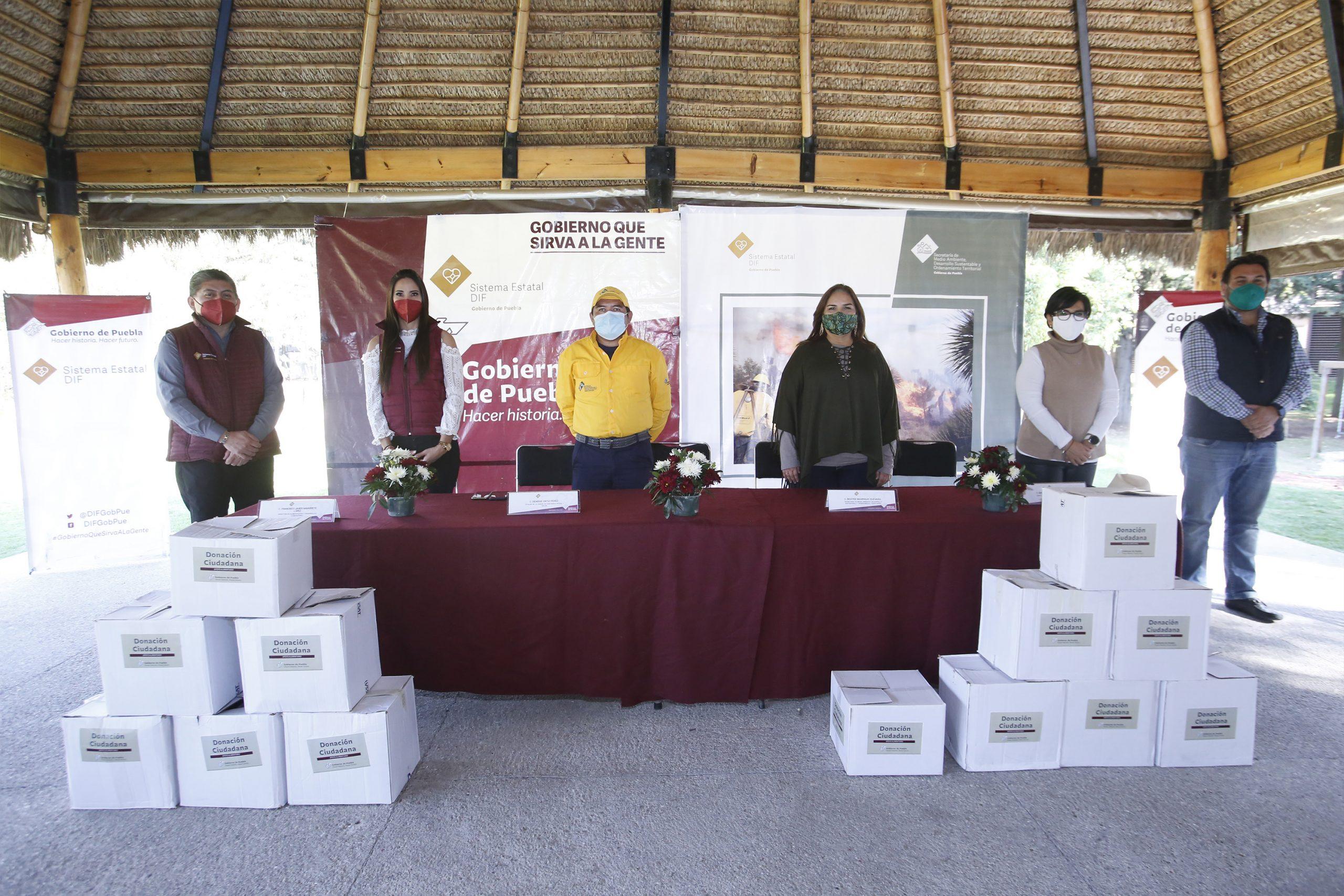 Entrega SEDIF paquetes alimentarios a brigadistas forestales