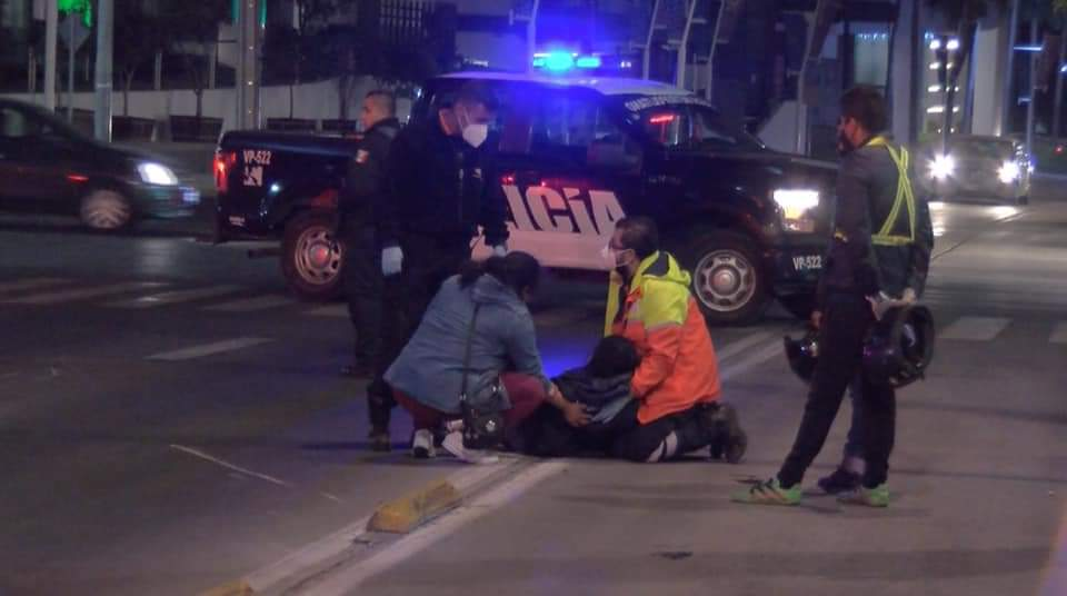 Dos heridos ¡en choque de motocicletas!