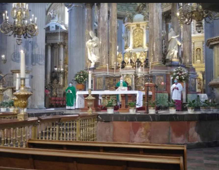 Arzobispo de Puebla volvió a aprovechar la pandemia para reiterar su condena al aborto