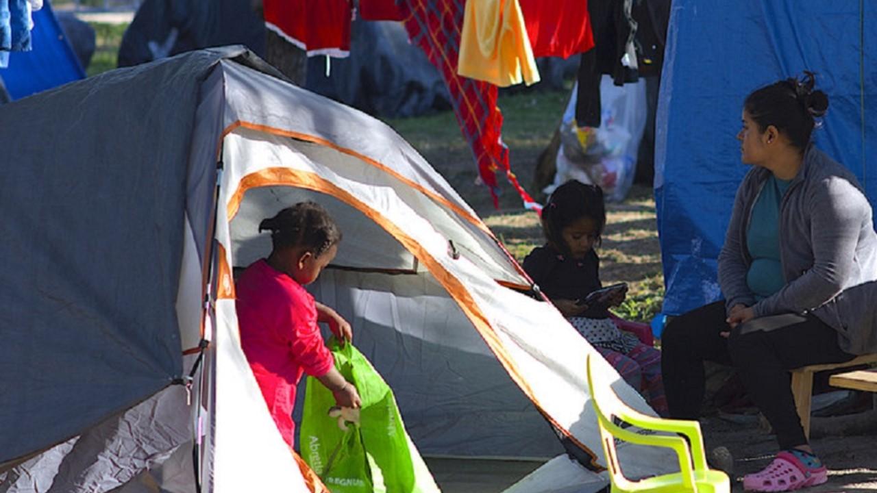 Las agencias de la ONU comienzan el registro de los solicitantes de asilo en la frontera entre México y Estados Unidos