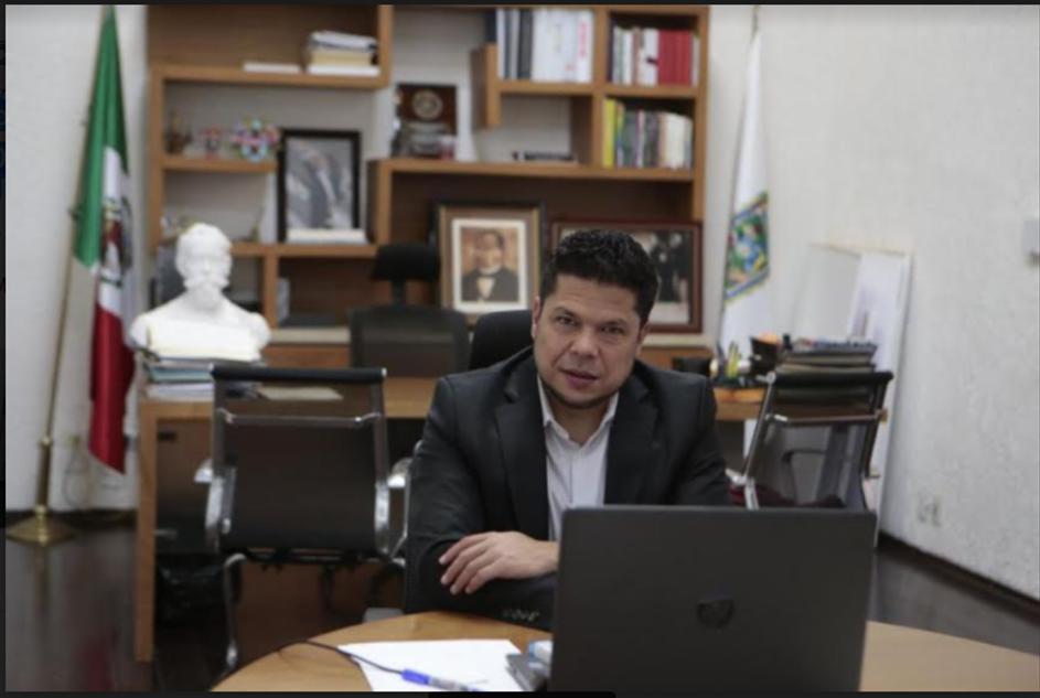 Prepara congreso iniciativas paras castigar a quienes lucren con vacunas, dijo Biestro Medinilla