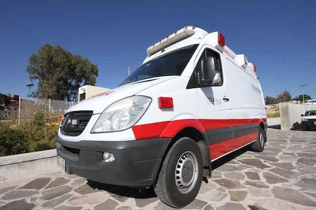 Coordina Crumt atención de lesionados de accidente en la carretera Tlaxcala – Texoloc