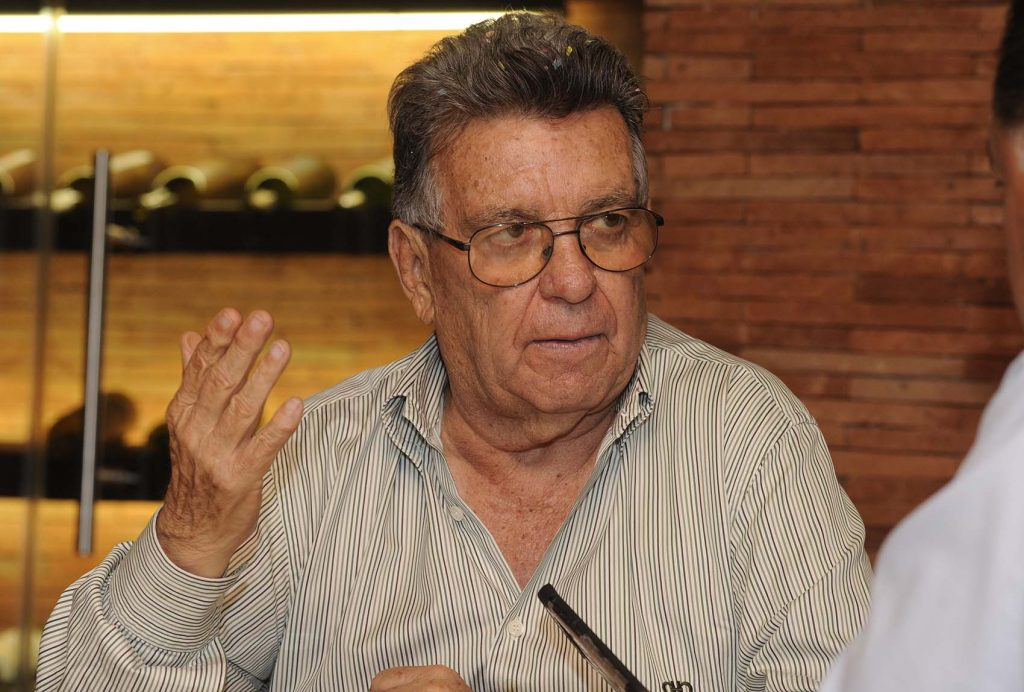 """Primero la llama """"esquizofrénica"""" y luego se disculpa; el diputado Emilio Maurer que busca reelegirse"""