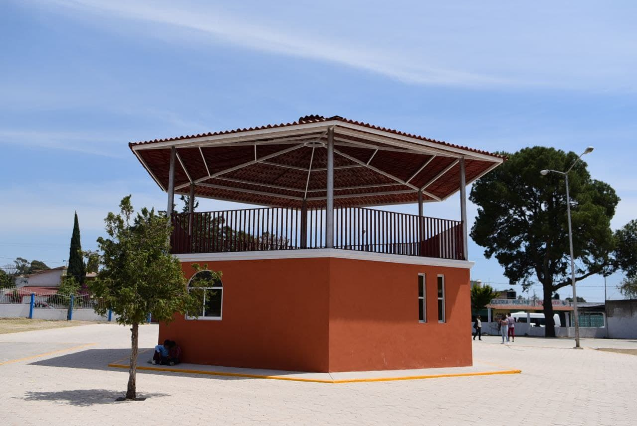 Ayuntamiento de Puebla entrega obras por 9.2 millones de pesos en Santa María Xonacatepec