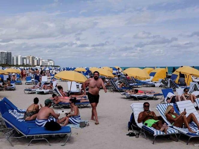 Miami decreta toque de queda ante multitud de turistas
