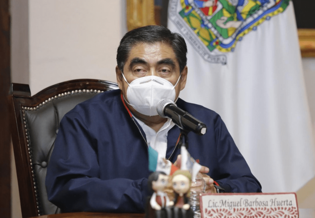 Gobernador Barbosa advirtió que la Semana Santa provocará tercera ola de contagios