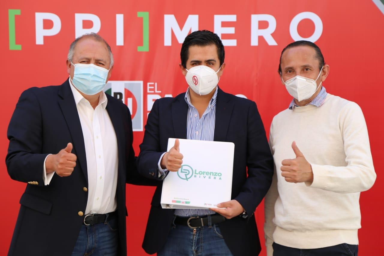 Rivera Nava complementa requisitos como candidato a la presidencia de Chignahuapan