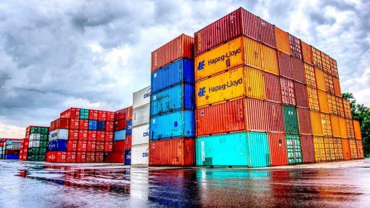 La información oportuna de comercio exterior de febrero de 2021 indica que se registró un superávit comercial de 2,681 millones de dólares