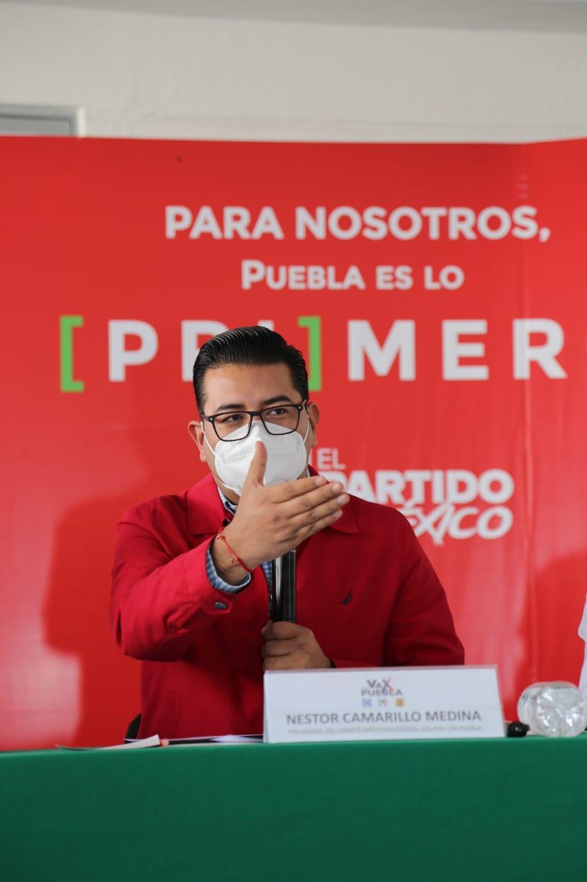 Luis Cobo Fernández podría ser cambiado por Néstor Camarillo como candidato a diputado federal por Tehuacán