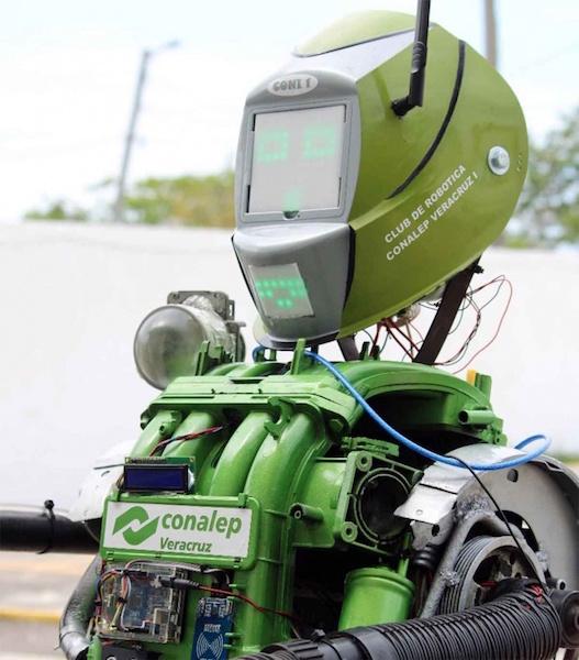 Crean robot para aplicar medidas sanitarias en escuelas