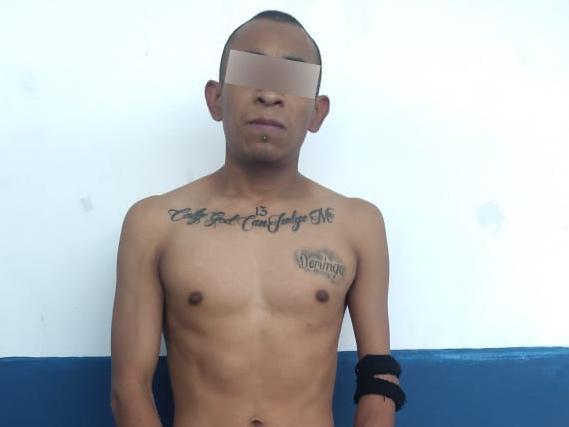 Detiene SSP a un hombre con 12 kilos de aparente marihuana