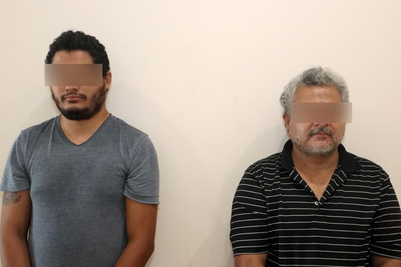 Por presunta venta de certificados apócrifos, son detenidos dos hombres