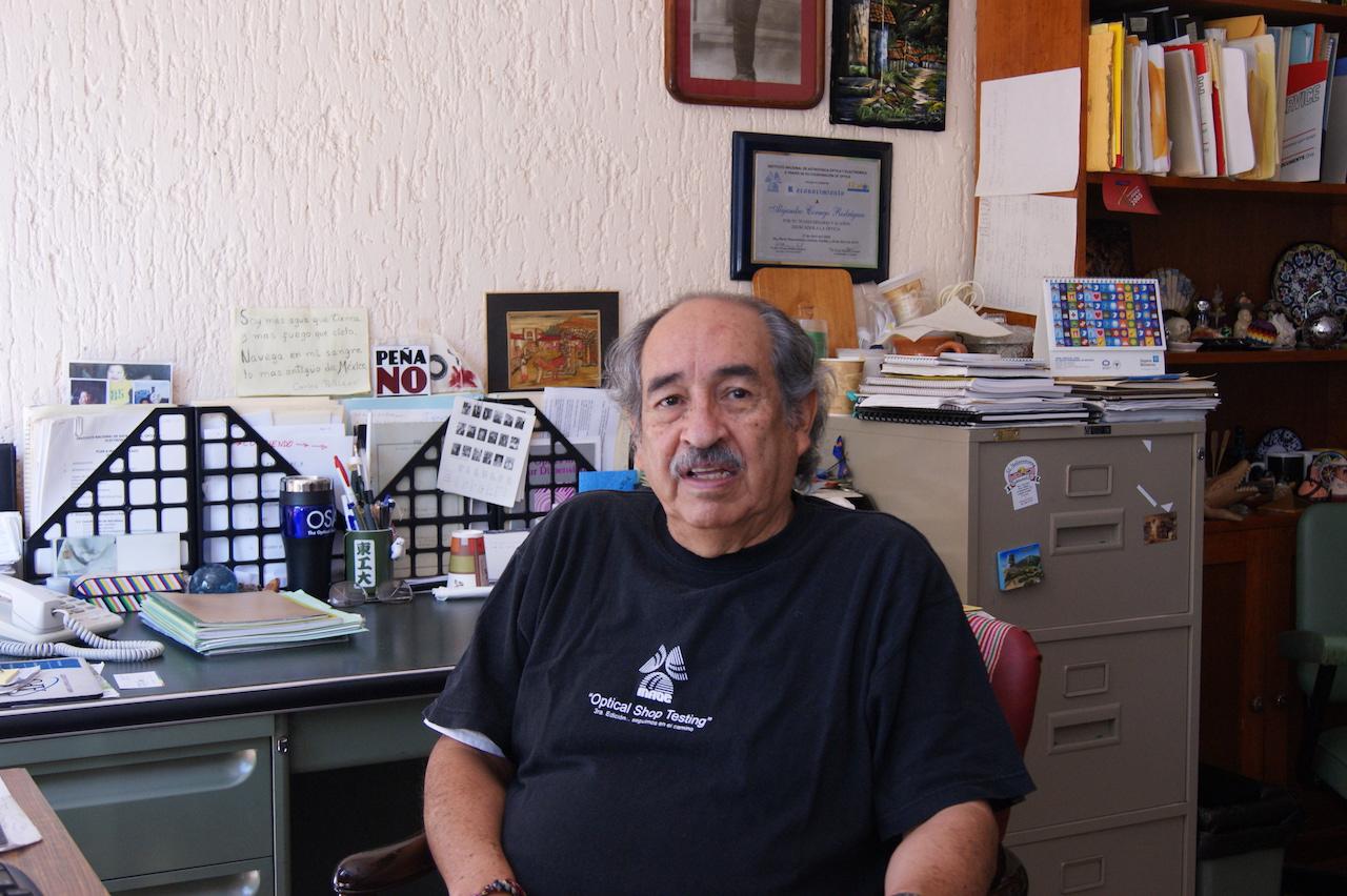 Otorgan distinción de Investigador Emérito del SNI al Dr. Alejandro Cornejo Rodríguez