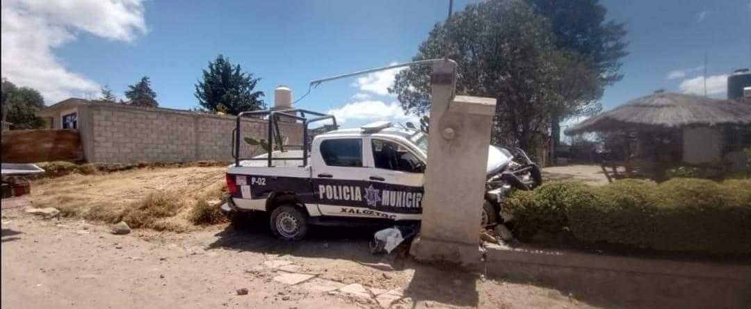 En persecución de un delincuente, policía de Xaloztoc sufre percance