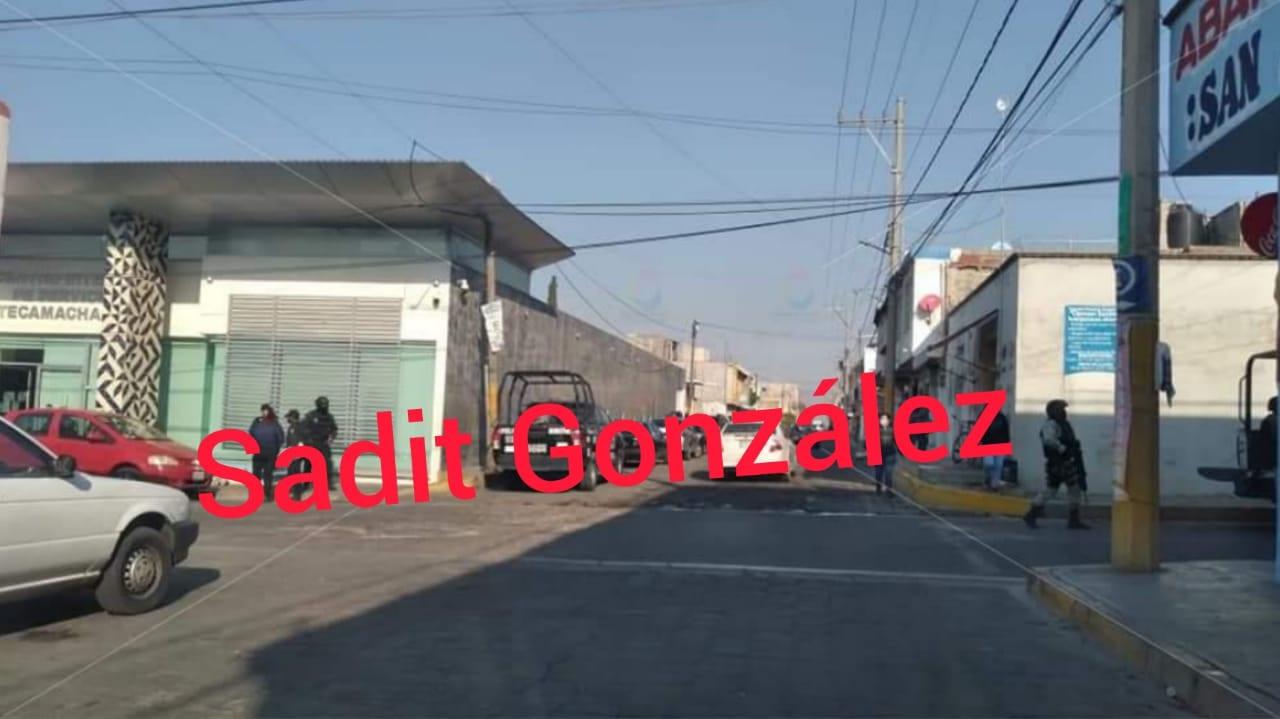 Fuerte movilización policial en Tecamachalco por el supuesto hallazgo de cuerpo desmembrado, solo era una cabeza de marrano