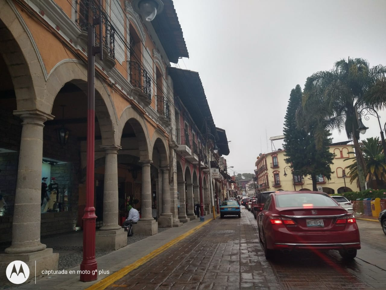 Se inconforman conductores por cierre de céntrica calle en Huauchinango