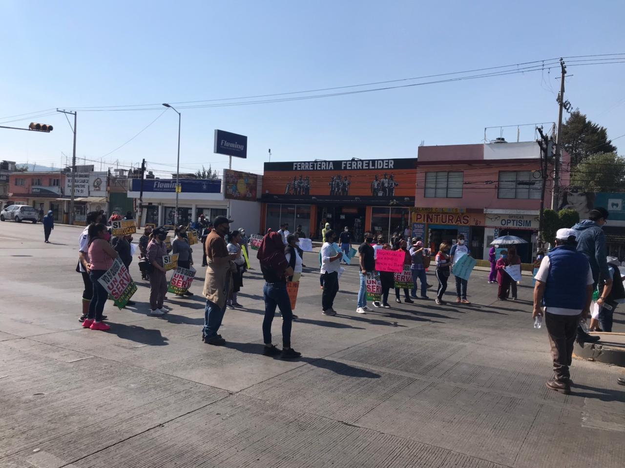 Video desde Puebla: Locatarios a favor de la remodelación del mercado Amalucan solicitan la obra