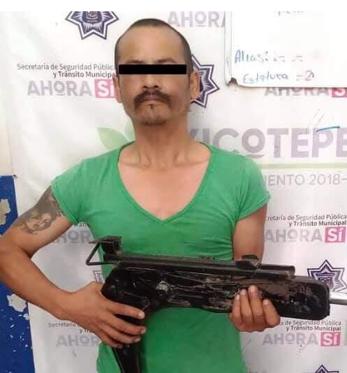 Reacción oportuna de la policía de Xicotepec evitó una desgracia ante amenaza por arma falsa