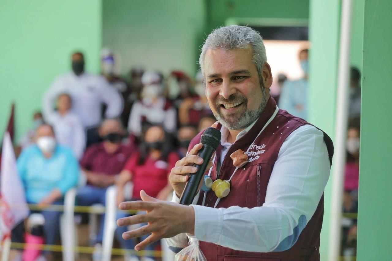 Morena presenta a Alfredo Ramírez Bedolla como su nuevo candidato a la gubernatura de Michoacán