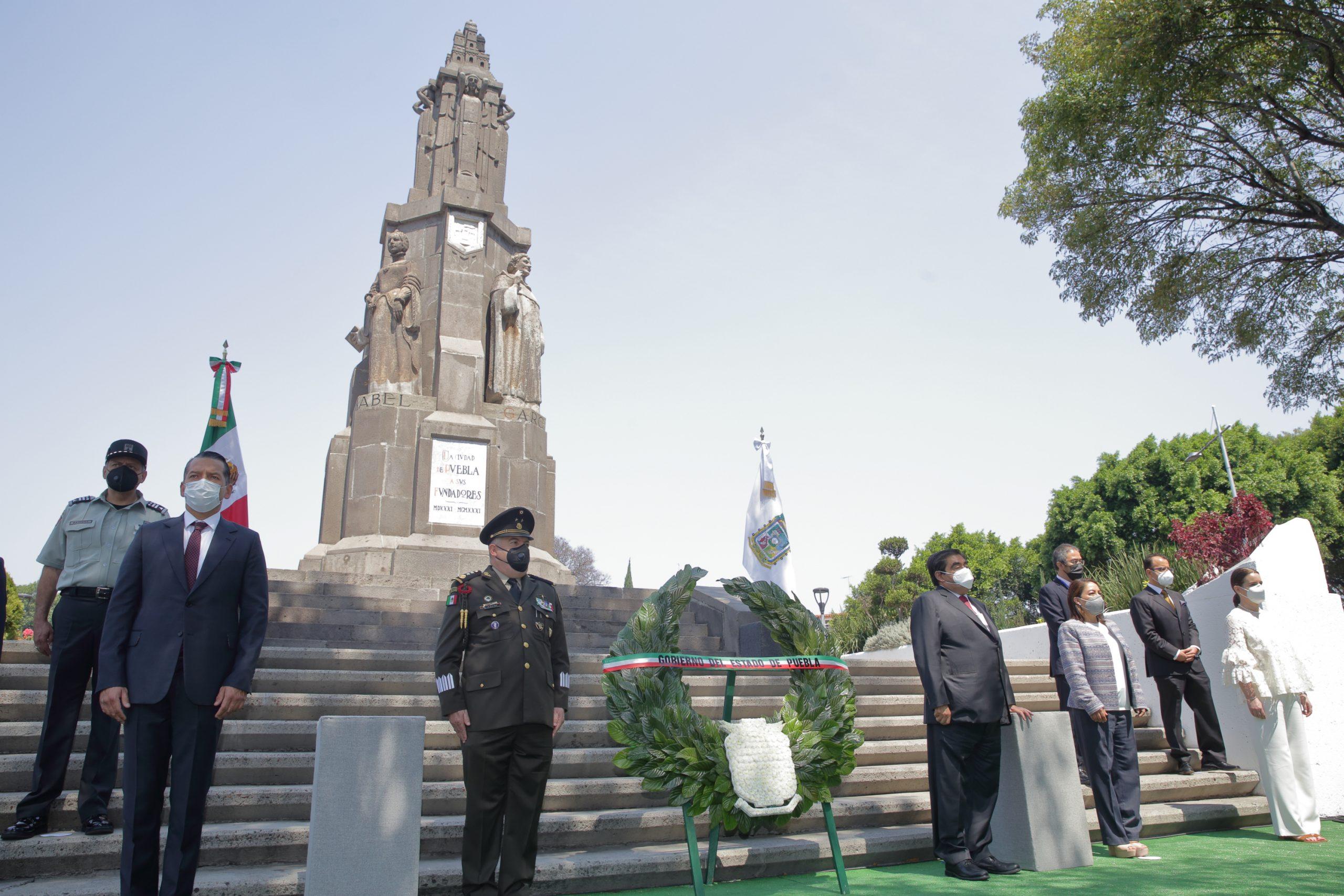 Existe en Puebla una sociedad con libertades y derechos: Miguel Barbosa Huerta.