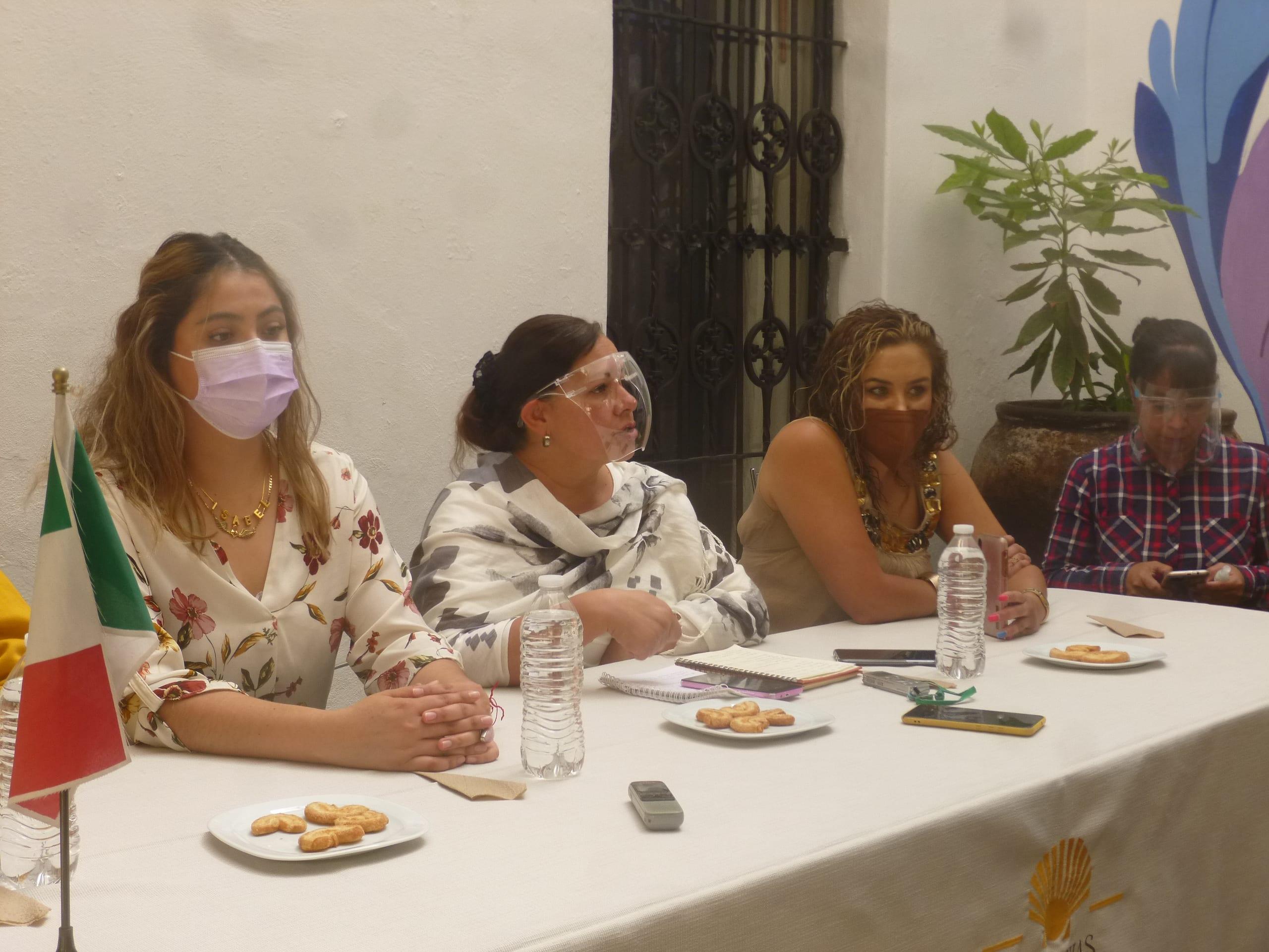 La Red Plural de Mujeres pide que no se imponga candidatos que violan derechos de las mujeres