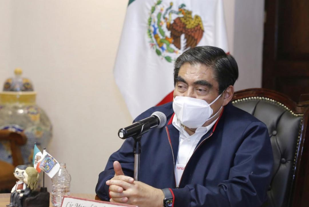 Video desde Puebla: Gobernador Barbosa avaló apertura del Cuauhtémoc en el juego de la Franja contra Pumas