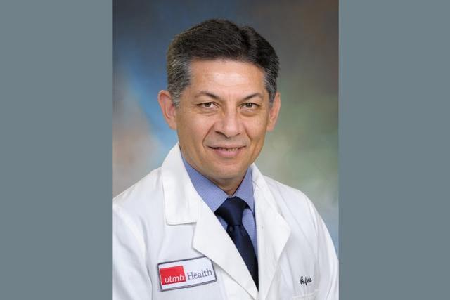 No hay nada que temer sobre las vacunas contra COVID-19: doctor Alfredo Torres