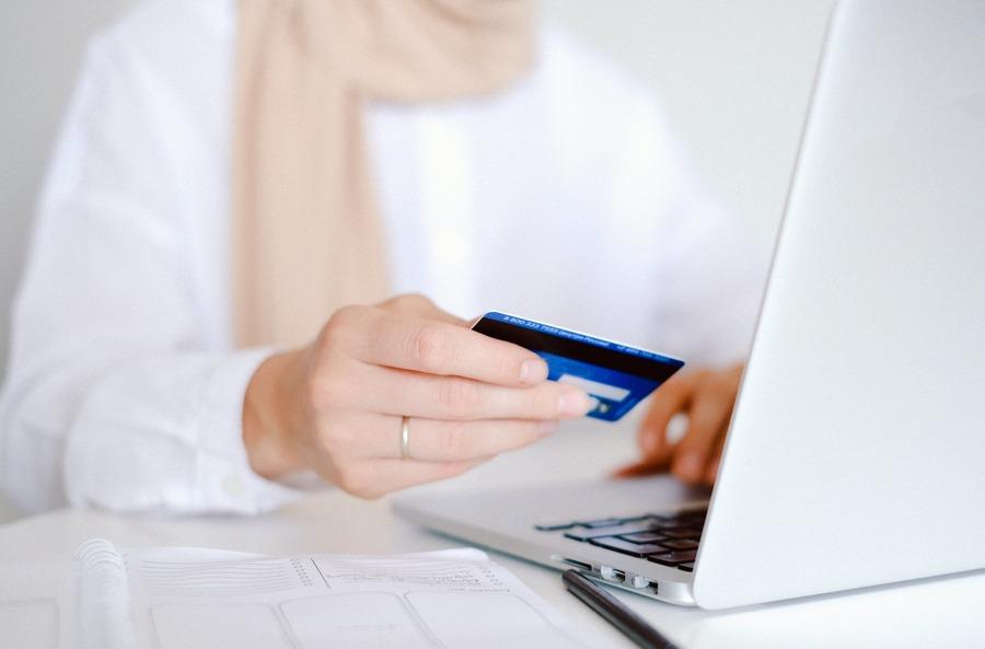 El comercio electrónico mundial crece hasta los 26,7 billones de dólares, impulsado por la COVID-19