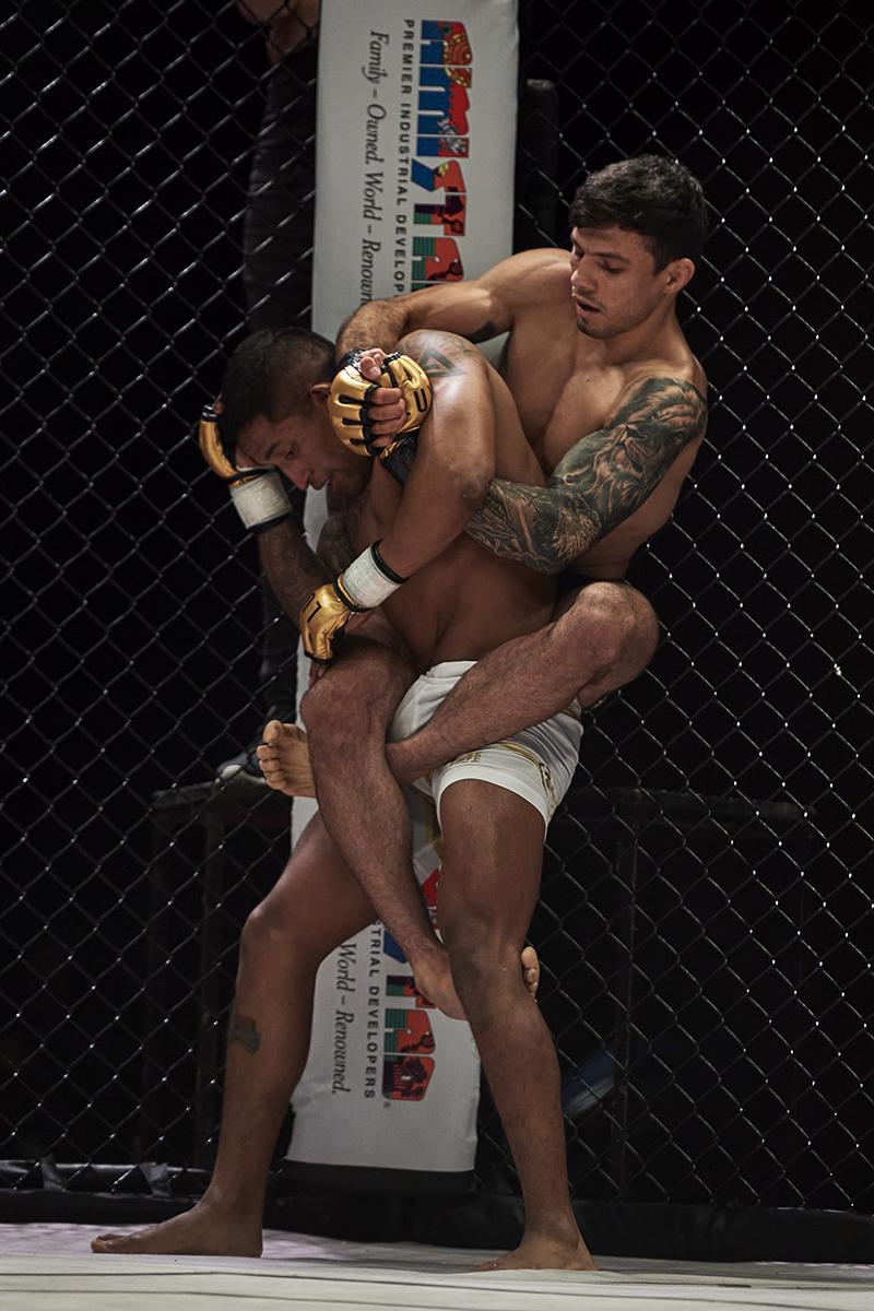 Defenderá Costa el campeonato mosca ante Calvo en pelea estelar en LUX013