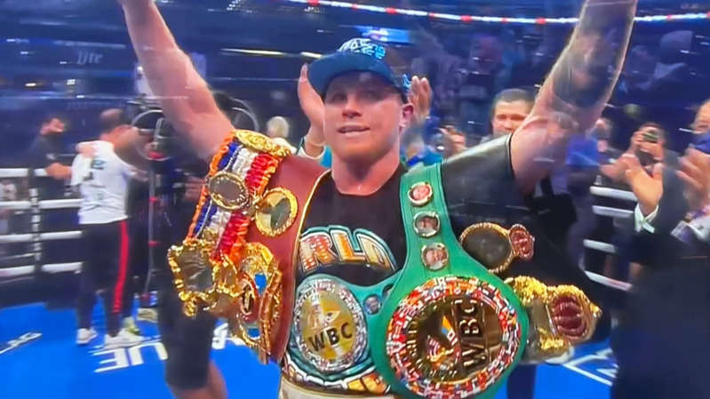 'Canelo' calla a Saunders y lo vence con KO técnico