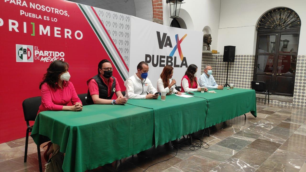 Candidatos a diputados federales de Va por México piden al ayuntamiento de Puebla saque las manos del proceso electoral