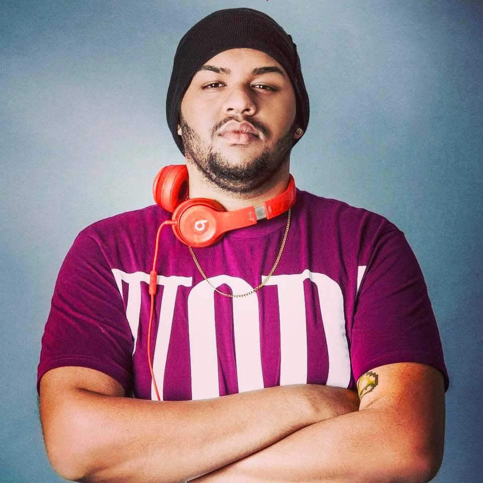 El talentoso productor musical Santana a la conquista de México