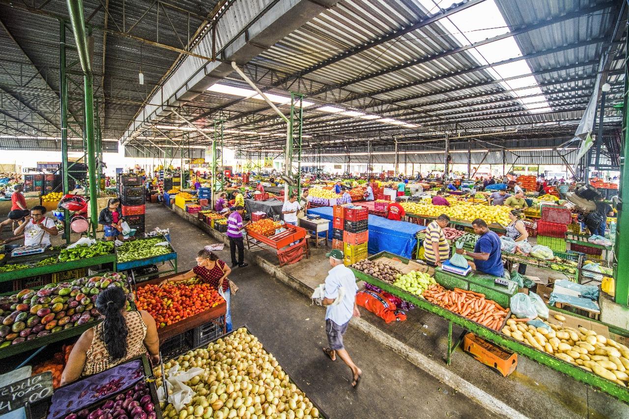 Un mercado de frutas y verduras en Brasil gana el premio a la mejor reconstrucción tras el COVID-19