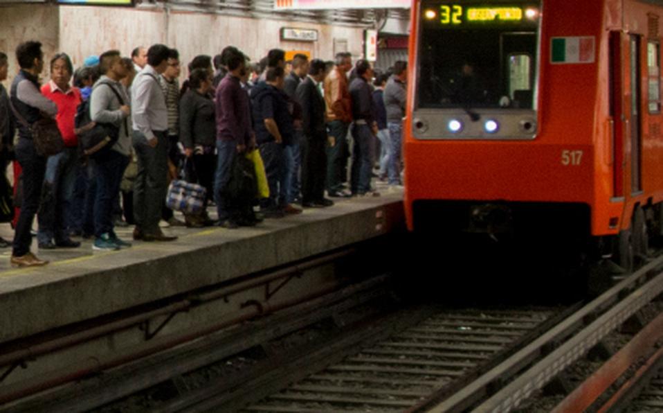 """En Congreso, la 4T """"bateó"""" 15 veces el tema sobre falta de mantenimiento en el Metro"""