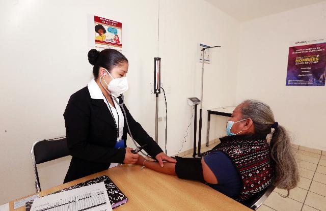 Atienden 5 mil 645 pacientes en Centros de Desarrollo Comunitario