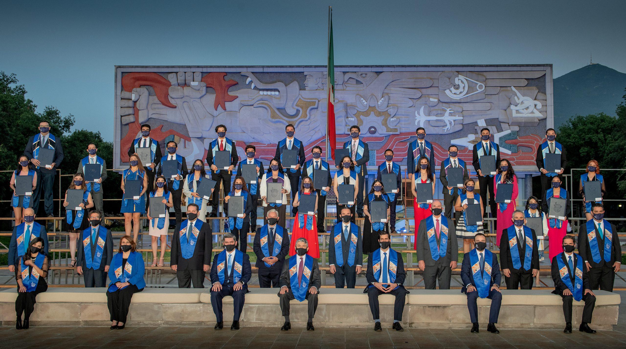 Tecnológico de Monterrey despide a 5,285 alumnos de la   Generación Junio 2021 con la experiencia híbrida Tec Forever