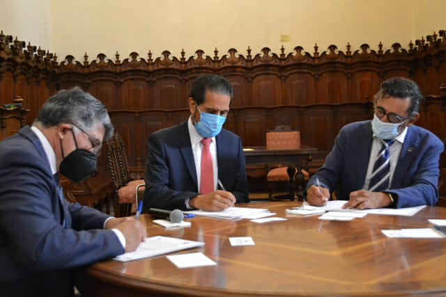 Firman convenio de colaboración BUAP y Canacintra para impulsar el talento emprendedor y la innovación