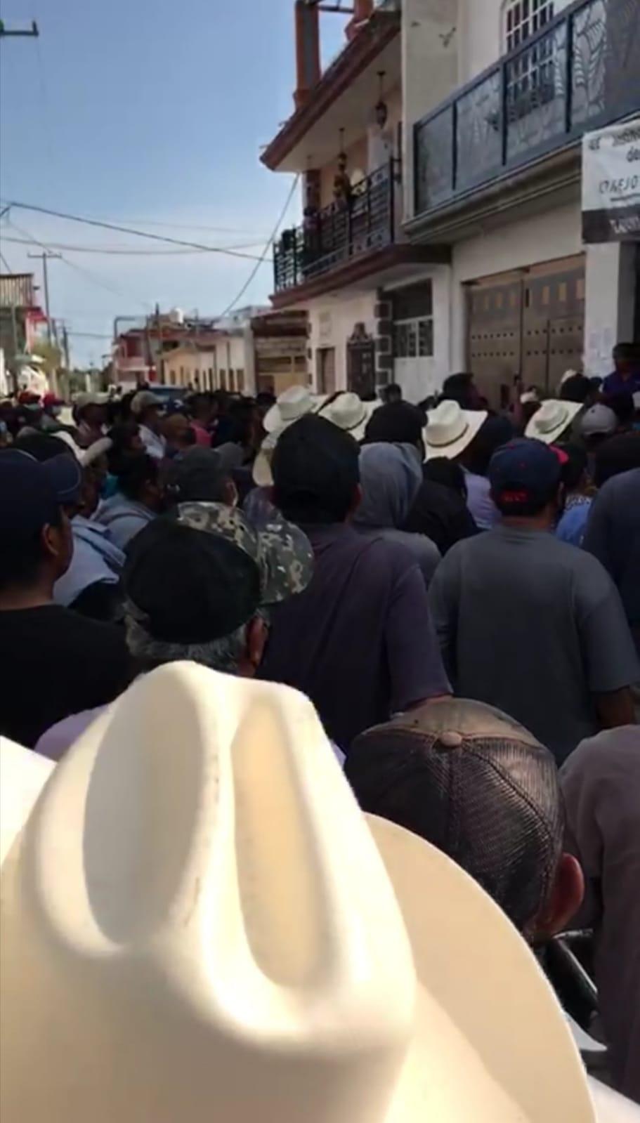 Video desde Puebla: Crecen las protestas poselectorales por Tlapanalá y Tlacotepec