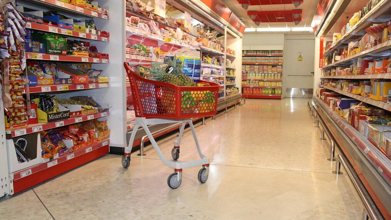 En las Empresas Comerciales al por Mayor los Ingresos reales por suministro de bienes y servicios disminuyeron 0.4%