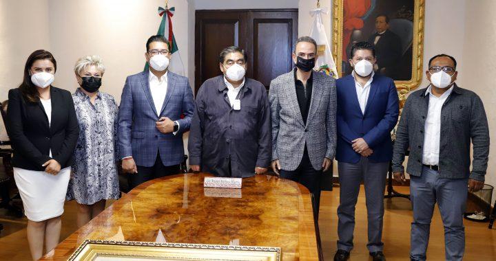 Gobernador Barbosa se reunió con Jorge Estefan Chidiac, Néstor Camarillo y el resto de la dirigencia estatal del PRI